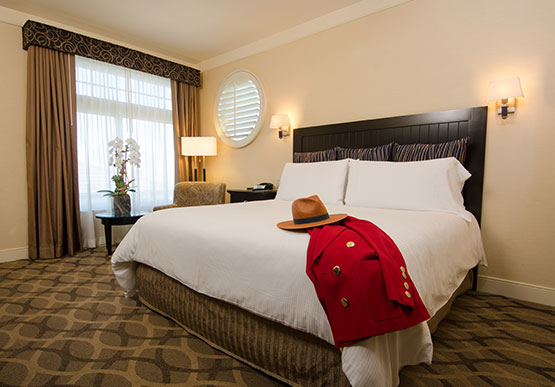 Grand Double King at West Inn & Suites, California